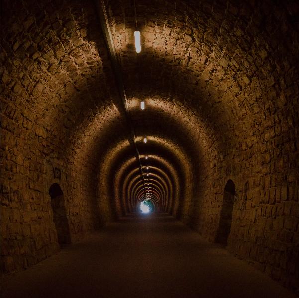 La luz al final del túnel volvió a alejarse